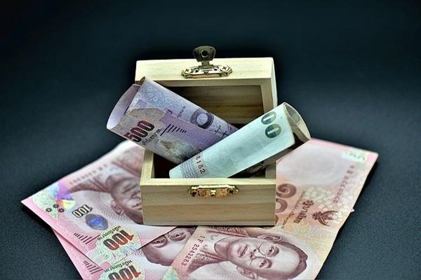 money-3545832_640.jpg